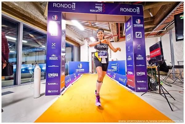 Rondo 1 Run Up 2018, Bieg na Szczyt Rondo 1, www.swim.by, Poland Running League, Bieg na Szczyt Warszawa, Foto, забег на небоскрёб фото Варшава, Bieg na Szczyt Rondo 1 zdjęcia, Rondo 1 Run Up  foto, Swim.by