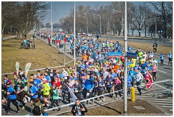 PZU Warsaw Half Marathon 2018, Warsaw Half Marathon Foto, www.swim.by, Półmaraton Warszawski Zdjęcia, Poland Running, Półmaraton Warszawski 2018 Foto, Warsaw Half Marathon Photo, EMG Academy, Swim.by