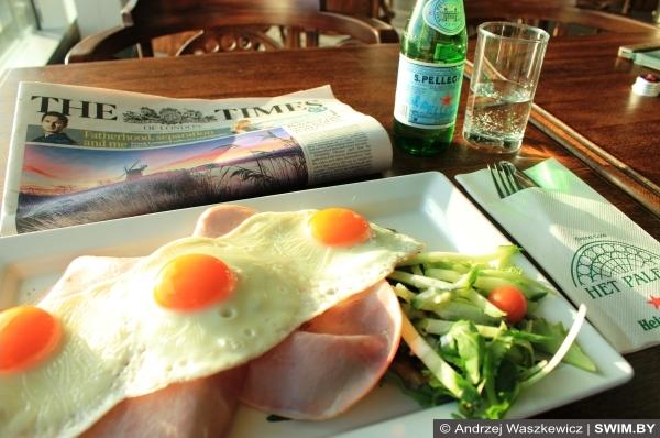 Амстердам аэропорт еда в кафе, завтраки