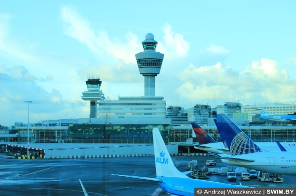 KLM Авиалинии, Амстердам аэропорт Схипхол, блог Swim.by