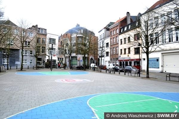 Во дворах Антверпена Бельгия