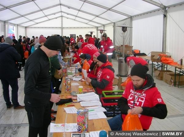 Благотворительный забег 5 км в Варшаве, Andrzej Waszkewicz, бег Варшава, Анджей Вашкевич, Swim.by