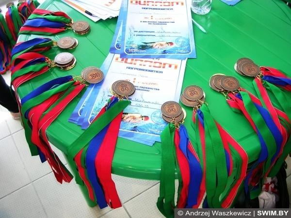 Белорусские медали по плаванию