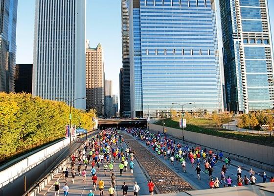 Chicago Marathon 2017, бизнес на марафоне, бизнес на спорте, спортивный проект, успешный спорт проект, EMG