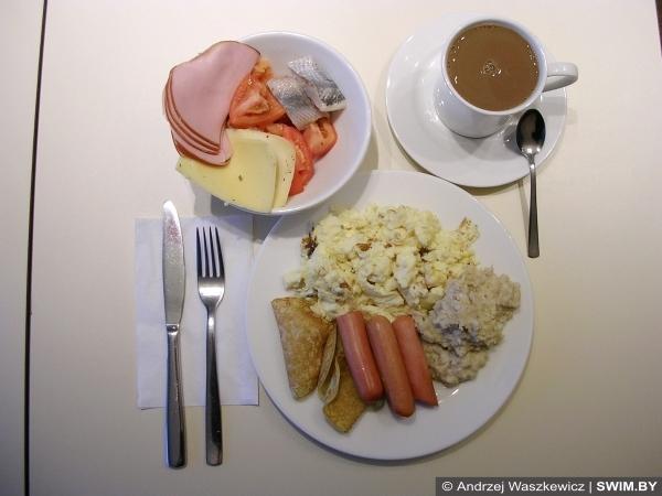 Отель Ibis Kaunas, завтрак в отеле, кофе, отдых в Литве