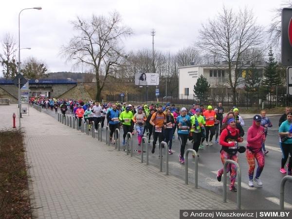 Inside of ONICO Gdynia Half Marathon 2017, полумарафон в Гдыне