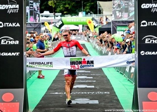Победители IRONMAN 70.3 Gdynia 2016, Ironman триатлон, Анджей Вашкевич, Swim.by