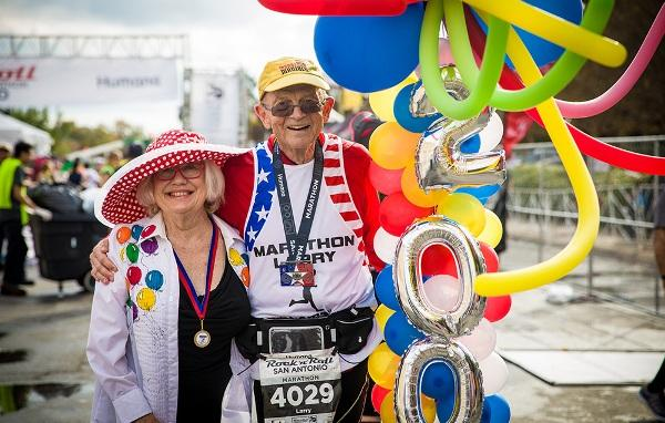 This 72-year-old is the First American to officially run 2,000 Marathons, American Running, Swim.by