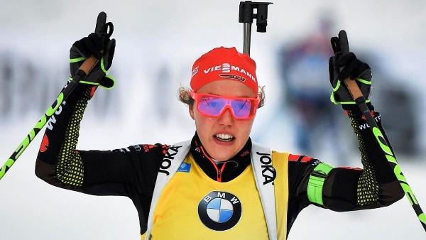 Laura Dahlmeier, Лаура Дальмайер, олимпийская чемпионка, Лаура Дальмайер биатлон, Swim.by