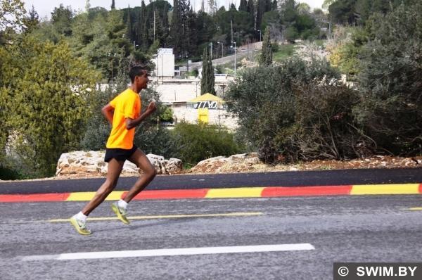 Марафон в Иерусалиме, бег, кроссовки