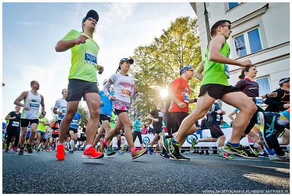 PZU Maraton Warszawski 2018, Marathon Warszawski 2018 Foto, www.swim.by, Maraton Warszawski Foto, Warsaw Marathon 2018 Foto, Варшавский Марафон Фото, Maraton Warszawski 2018 Zdjęcia, Swim.by