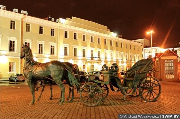 Minsk city center night, Андрей Вашкевич плавание блог