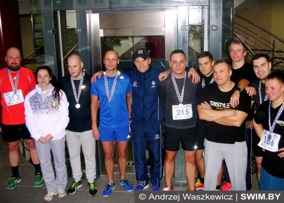 Minsk Vertical Run 2016, забег на небоскрёб в Минске, забег по лестнице Минск, Andrzej Waszkewicz Sports Agency