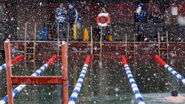 Моржевание, плавание в ледяной воде, зимнее плавание, польза и вред от моржевания, холодная вода, Swim.by