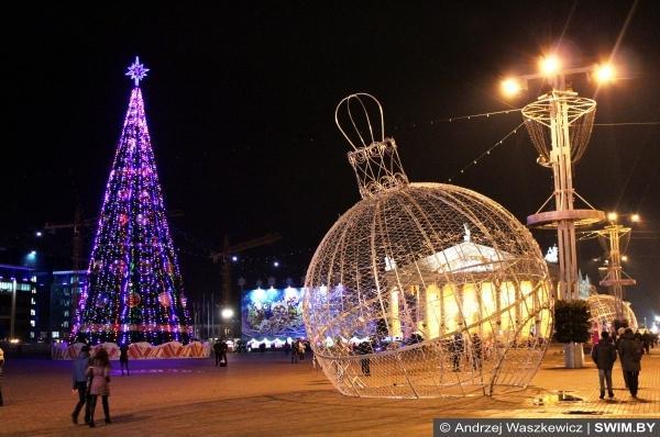 Октябрьская площадь Минск Новый год