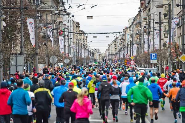 ONICO Gdynia Half Marathon 2018, беговые эстафеты, полумарафон в Гдыне, командные эстафеты
