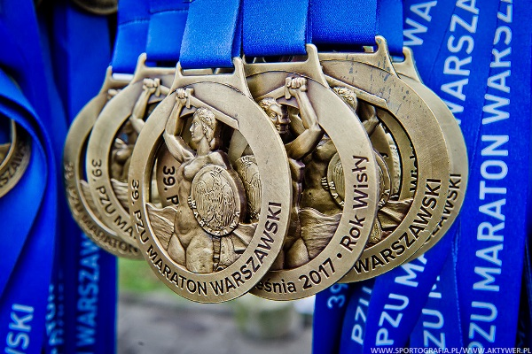 Poland Running, Polish Running Medals, 2017 Road Races, 5 km, 10 km, Half Marathon, Marathon Running, Poland Running Calendar, Maraton Warszawski, www.swim.by