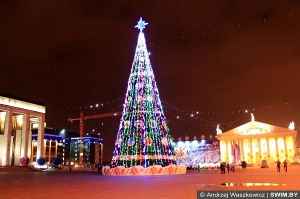 Самая большая новогодняя ёлка в мире