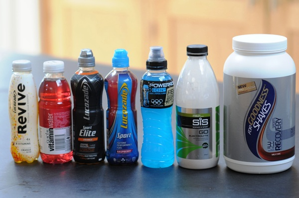 Спортивное питание для бега, спортивное питание на марафон, углеводы, углеводные напитки