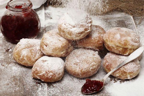 Tłusty czwartek, пончики в Польше