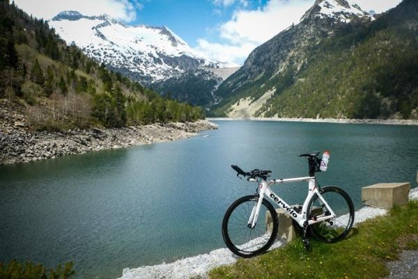 Ходьба в Швейцарии, велосипед в Швейцарии, самый популярный вид спорта в Швейцарии, активный отдых в Швейцарии, Анджей Вашкевич, Swim.by
