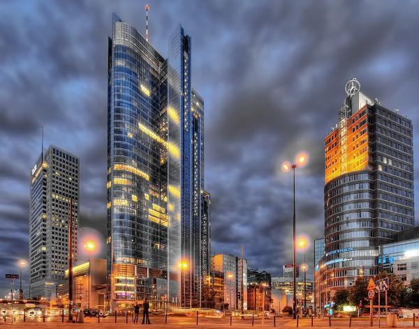 Забег на небоскрёб Rondo 1 в Варшаве, Rondo 1 Warszawa