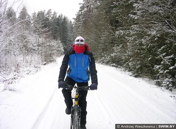 Зима, бег, велосипед, тренировки в холод
